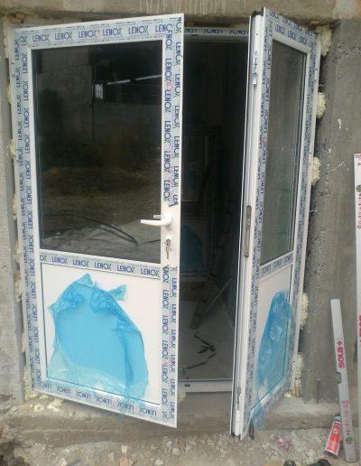 Входни врати14