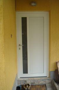 Входни врати16