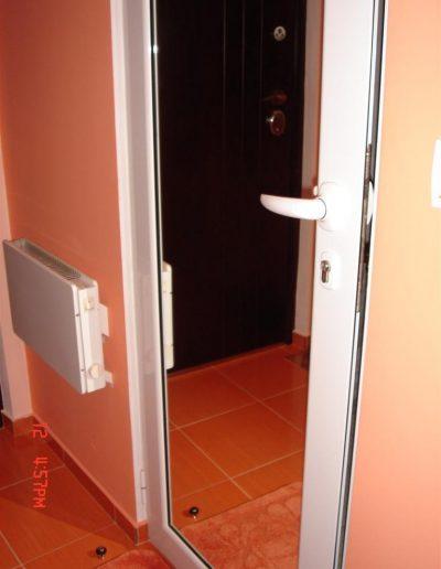 Входни врати18