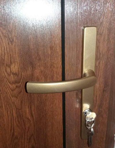 Входни врати21