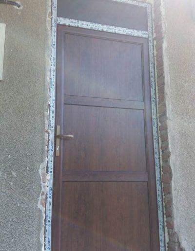 Входни врати25