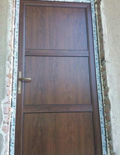 Входни врати32
